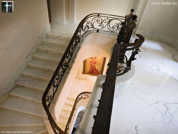 Klasyczne schody realizacja Hoder #kamień #granit #wnętrza #interior #design