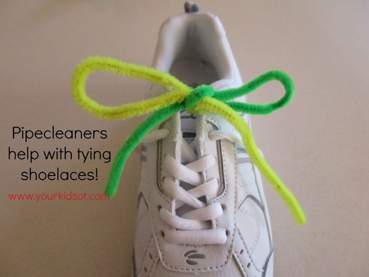 Pipecleaners help with learning to tie shoelaces: Your Kids OT