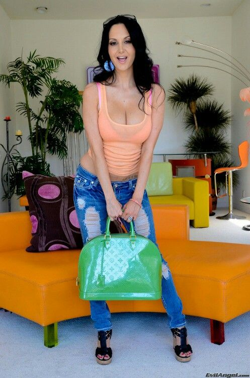 Free online erotica clips