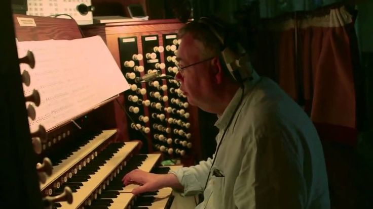 Interstellar - HANS ZIMMER on the organ - THIS IS AWESOME!!!!!