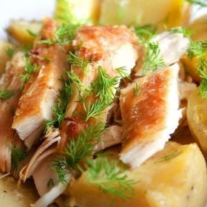 "Chicken with potatoes, baked in ""sleeve"". Recipes with photos."