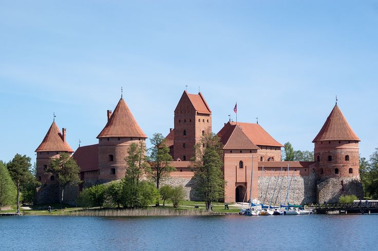 https://flic.kr/p/ndaHY9 | Baltic Trip of Raccoon Pedro | Lithuania | Trakai Island Castle | Baltic Trip 2014. Photo by World Wide Gifts (www.world-wide-gifts.com). See more about Raccoon Pedro's travelling at instagram.com/worldwide_souvenirs/