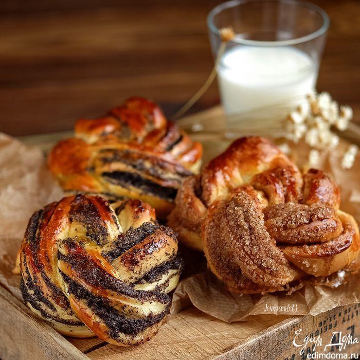 Сдобные булочки-плетенки с маком и корицей Тесто по этому рецепту получается воздушное, мягкое! Попробуйте приготовить булочки по этому рецепты, вы точно не будете разочарованы! #едимдома #выпечка #булочки #вкусно #готовимдома #кулинария #рецепты