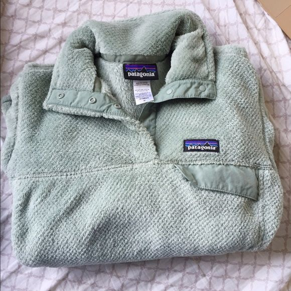Patagonia pullover Retool synchilla, perfect condition! Rare color Patagonia Jackets & Coats