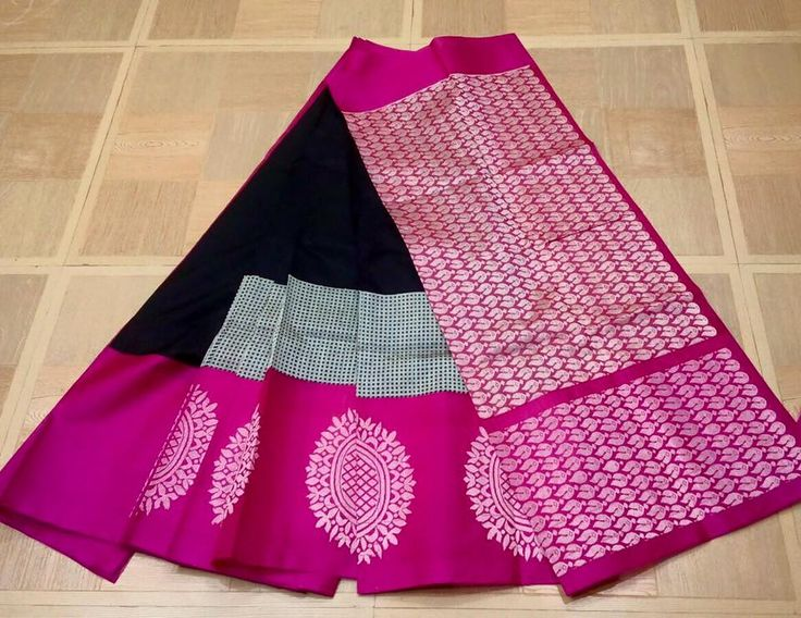 Look graceful at the upcoming family function by wearing this koppam silk sarees Fashioned with an eye-catch...