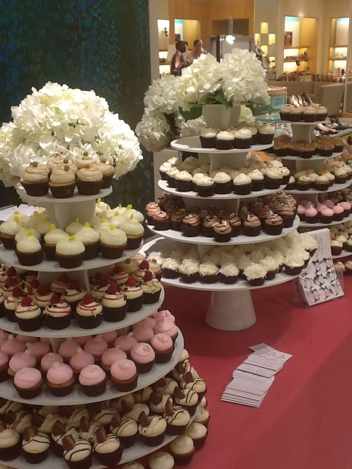 Pin by The Smart Baker on Round Cupcake Towers Displays in