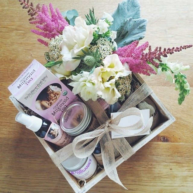 a new mom gift basket