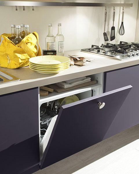 Cocina moderna suspendida acabados laca mate madera for Acabados cocinas modernas