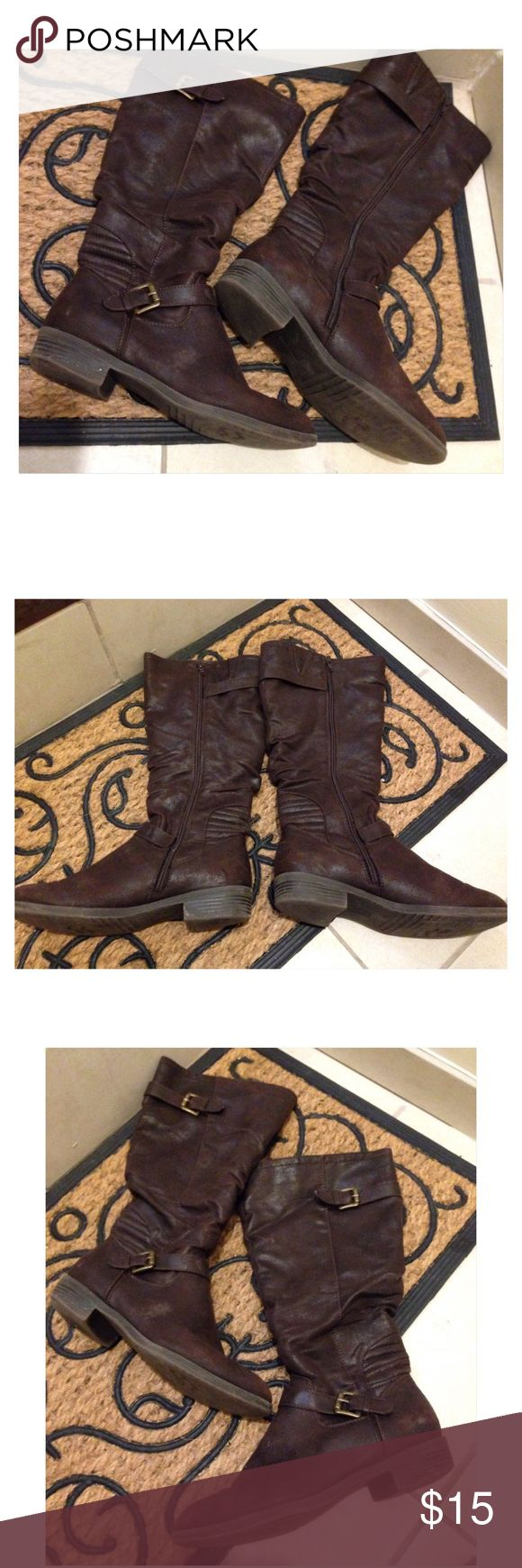 White Mountain Brown Boots. 8 1/2. White Mountain Brown Boots. 8 1/2. Zipper in the inside. White Mountain Shoes Heeled Boots