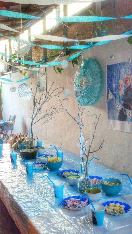 Ideas Frozen Party Decoration