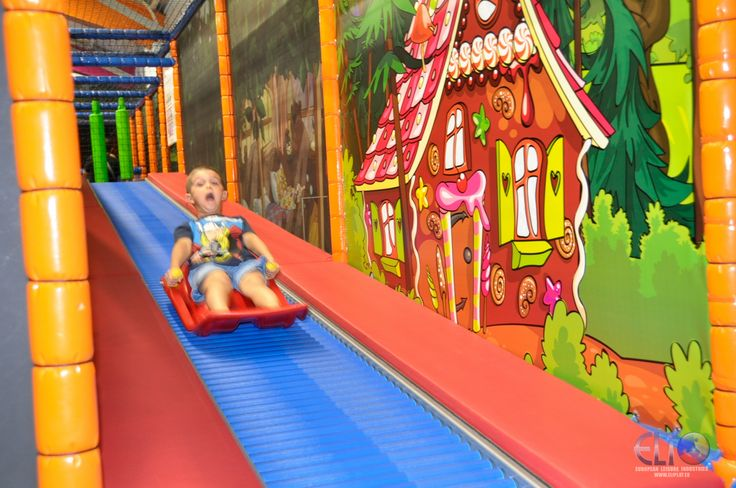E l i the reference as indoor playground kids 39 corner for Indoor play slide