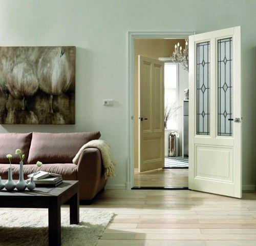 Glas-in-lood deur. Glas-in-lood ramen geven uw deur meer uitstraling. Skantrae