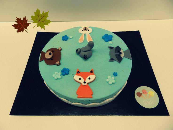 IJstaart bosdieren: vosje, beer, wasbeer en konijn in suikerpasta voor babyborrel