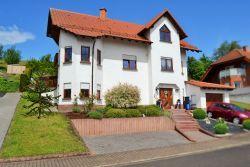 Maßweiler:  Traumhaftes Exclusives Anwesen in einem jungen Wohngebiet - Nicht irgendein Haus sondern IHR ZUHAUSE