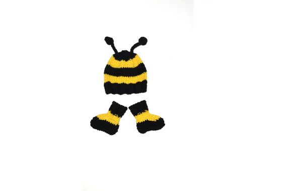 Hey, I found this really awesome Etsy listing at http://www.etsy.com/listing/163191864/hand-knitted-bumble-bee-halloween-baby