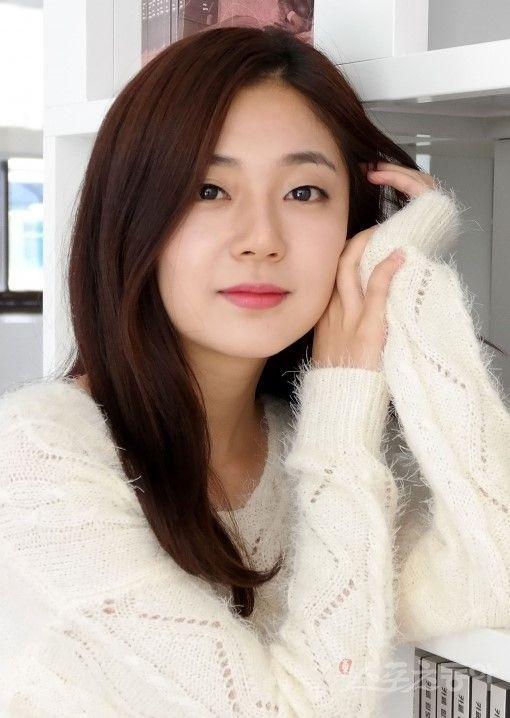 Baek Jin Hee 백진희 90 - debut 2009