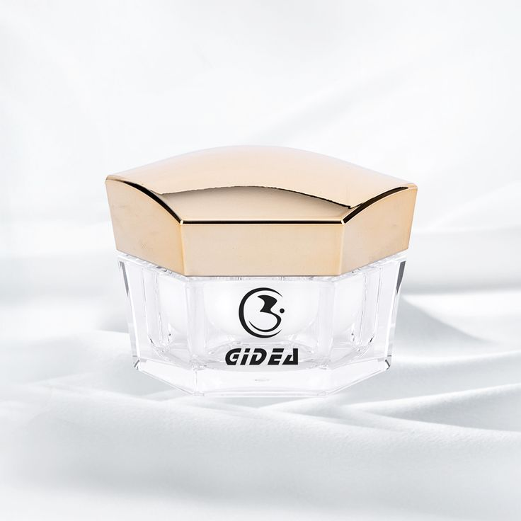The cap of this jar is an irregular hexagon, the main material of acrylic decides it as a lightweight and glassy container. The combination color of white and gold increases the sense of luxury. I think it will be the best choice for you to pick up for your lotion. Click the picture to get more information of both our company and the product.