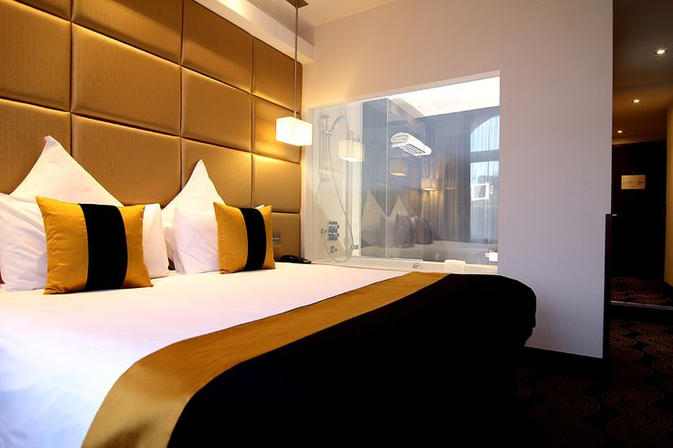 THE PICCADILLY LONDON WEST END - Cheap hotls in London #travel #hotel #london #accommodation