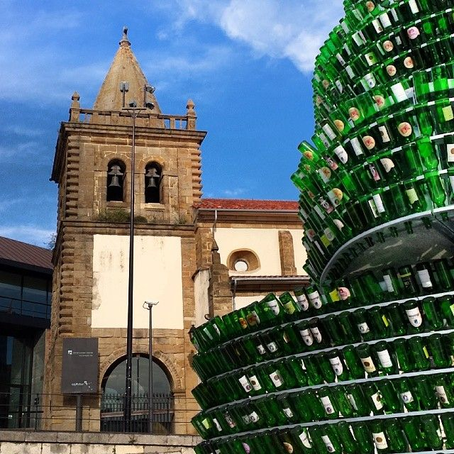 #gijon#asturias#españa#spain#northspain#holidaysasturias#asturiasgrafias#sidra#botella#iglesia#azul#finde#octubre#october#sinfiltros#instamoment#instaphoto#instagramer#instapic#puerto#harbor#blue#sky#azul#cielo Web Instagram User » Followgram