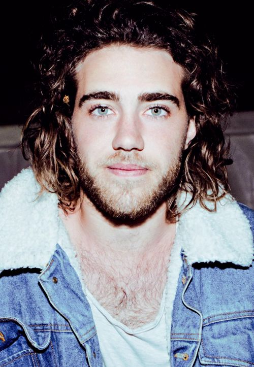 Matt Corby is literally perfect. If you looked up perfection in the dictionary his picture would be there