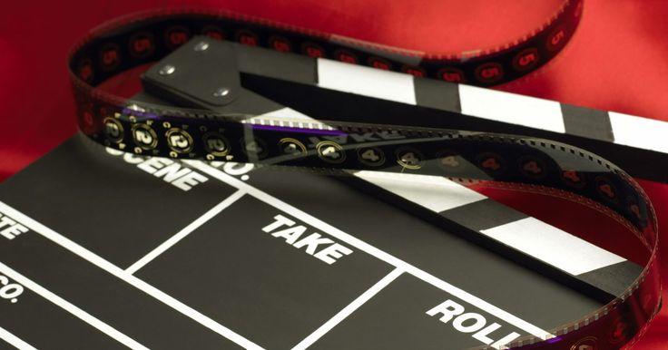 Lista de presupuesto para una película. Hacer una película es a la vez complejo y potencialmente costoso, por lo que es importante prepararse con anticipación para los muchos costos que es probable que encuentres. Esto se conoce como la presupuestación. El presupuesto de una película se divide en cuatro áreas principales.