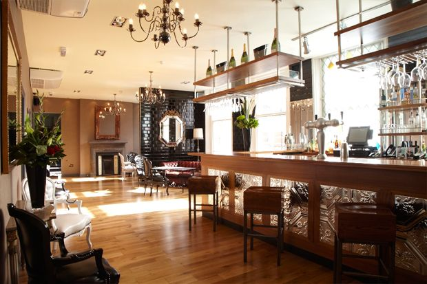 One of our live auction lots at Boutique de Noel: bid on a one year membership at Broadway House, a three storey private members' club in the heart of Fulham boasting a beautiful restaurant, members' bar and two stunning roof terraces. Click to browse more amazing auction and raffle prizes up for grabs at Boutique de Noel, 14 November 2012.