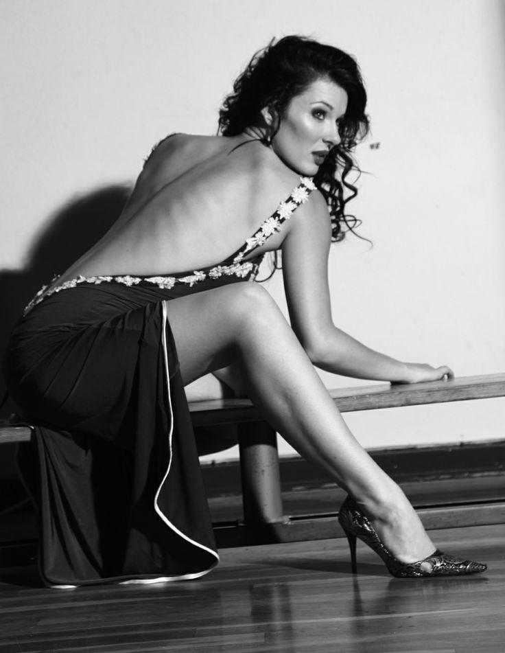 Lynné de Jager Mrs South Africa 2012 Show a bit of leg
