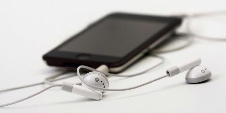 Peneliti Indonesia Buktikan Ponsel Bisa Rusak Sperma - http://www.kabartekno.id/peneliti-indonesia-buktikan-ponsel-bisa-rusak-sperma/  #News