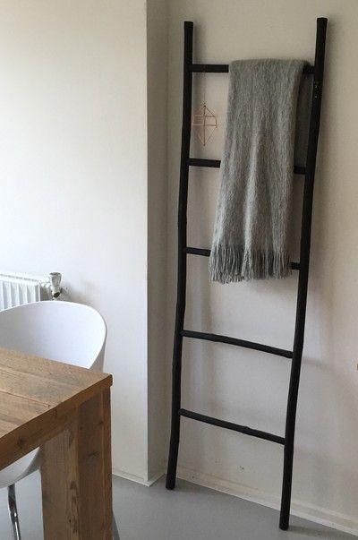 Binnenkijken Bij Huisvanlein   Ladder #xenos#diy#zwart#grijs#koper#