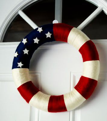 patriotic wreath - Perfect for the next homecoming - I can turn it into a sign for my hubby and make it a patriotic life preserver!