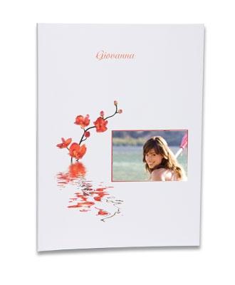 Fotolibro cucito (brossurato) con copertina morbida. Stampa fotolibri online. Come tutti i modelli si crea con Photoboost3d - http://www.miofotolibro.it/
