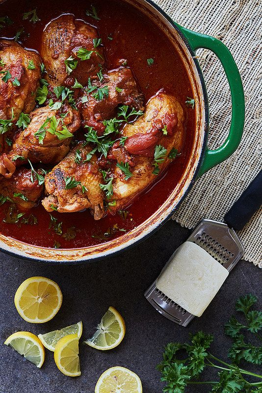 Chicken Kapama – Greek Braised Cinnamon Chicken // @tastyyummie // www.tasty-yummies.com