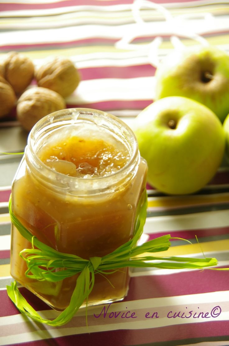Confitures de pommes aux noix