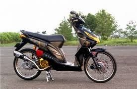 Modifikasi Honda Beat ban cacing coklat hitam