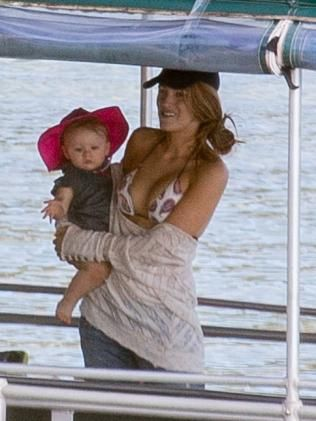 17 Best ideas about Blake Lively Family on Pinterest ...