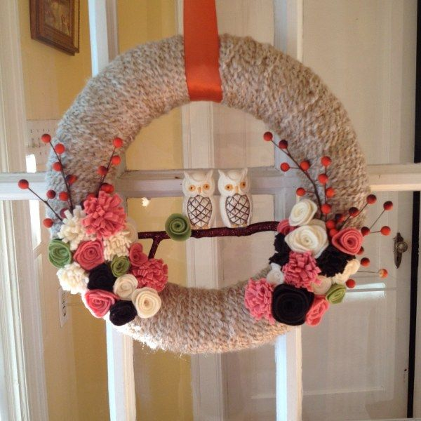 DIY Yarn Wrapped Fall Wreath (mysocalledcraftylife) ...Pretty & fun! What's not to love?