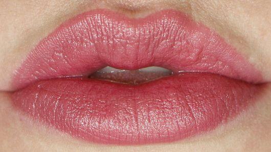 Milani Color Statement lipstick - pretty natural