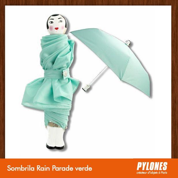 #Sombrilla Rain verde @pylonesco Pylones Colombia #navidad #regalos #pylones #noviembre — en Colombia.