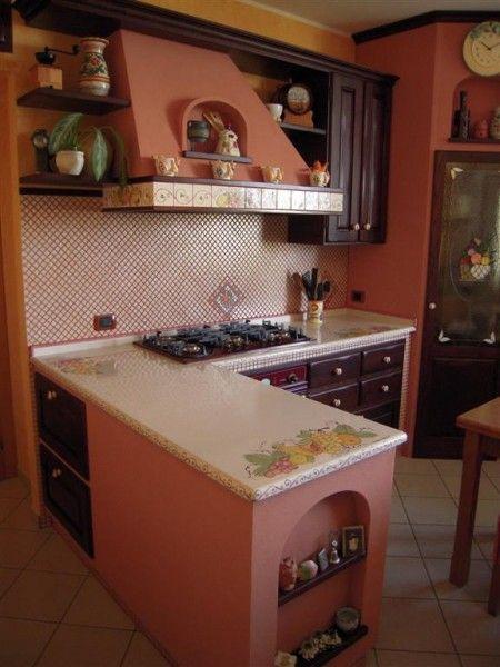 ... in Muratura, Tavoli in pietra lavica, Top e lavelli in pietra lavica