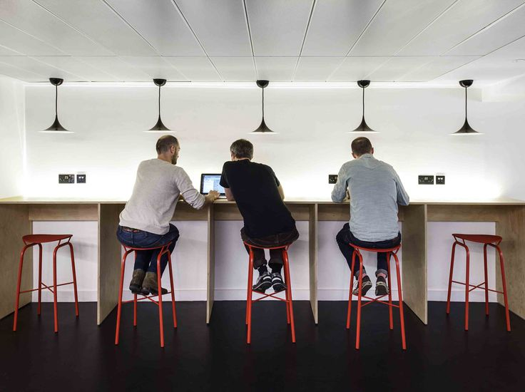 As London's fast-growing network of creative co-working spaces for start-ups and freelancers, the Workspace Group is constantly looking at ways to create flexible spaces for multi-faceted requirements. Studio TILT designed the new spaces, located at The Leathermarket, London Bridge, and One Quality Court, Chancery Lane, incorporating a design language that breaks the traditional mould for …