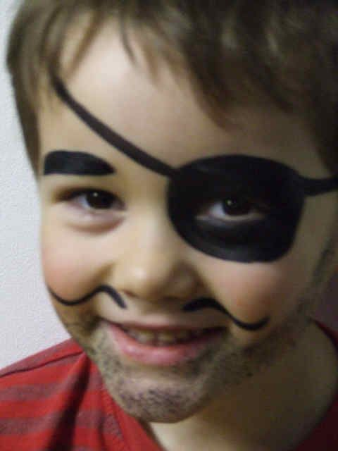 Google Image Result for http://www.whitbypirateday.co.uk/assets/images/piratefacepaint.jpg