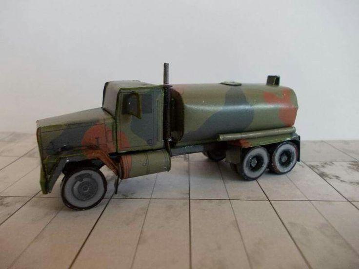 AM General M 918