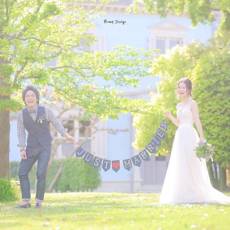 #justmarried #ガーランド  この日はたくさんの 爽やかな笑顔が撮れたなぁ  デニム生地のガーランド 新郎さんのスタイルと リンクしてて とってもオシャレ   #プレ花嫁 #日本中のプレ花嫁さんと繋がりたい #結婚式準備 #ドレス試着 #前撮り#ウェディングフォト#ロケーションフォト#ウェディングドレス #和装前撮り #ピクマリフォトコン#ブーケ#三重#ヘアメイク#プラコレ