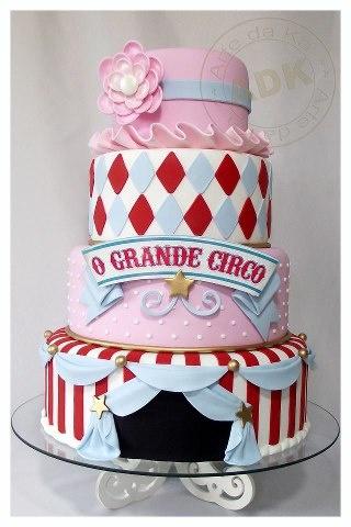 Grand Circus Cake by Arte da Ka .... LOVE LOVE LOVE. This cake!!!!