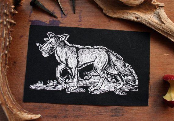 Wolf patch - occulte patch, patch mori, nu goth goth patch, heidense patches, heks patch zwart metaal Naai de patch, natuur punk, bos stijl