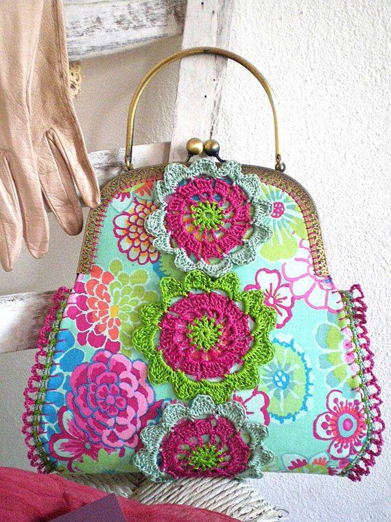 Love this crochet bag