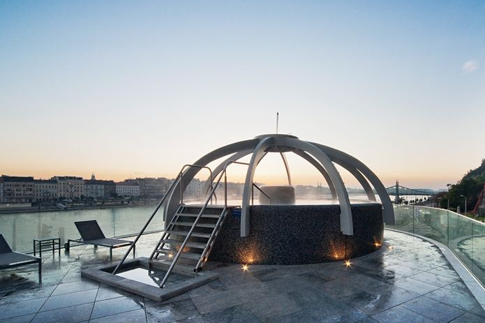 Bagni (termali) da Budapest: i bagni Rudas e la vasca termale con vista mozzafiato sul Danubio: un'esperienza fantastica!