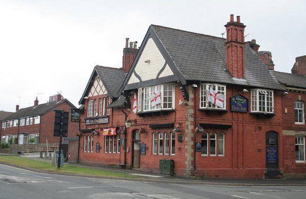 Dog Inn, Chadderton, Oldham, Lancashire, OL9 8QT   We love pubs!