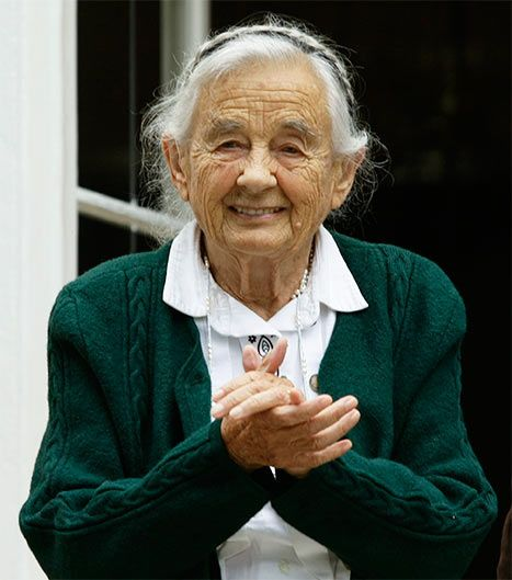 Maria Von Trapp dies at age 99...The last surviving member of the famous Von Trapp family (Sound of Music)