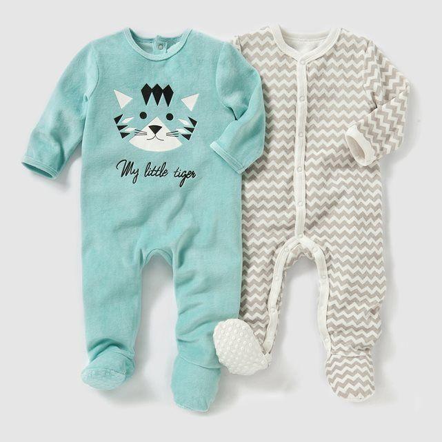 Pyjama velours (lot de 2) 0 mois-3 ans R baby : prix, avis & notation, livraison. Les 2 pyjamas en velours 75 % coton, 25 % polyester. Lot composé d'1 imprimé devant avec fermeture et pont au dos pressionnés + 1 imprimé à fermeture pressionnée sur le devant. Pieds antidérapants à partir de 12 mois (74 cm), élastiqués au dos pour un meilleur maintien.
